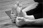 feet_b&w150x100